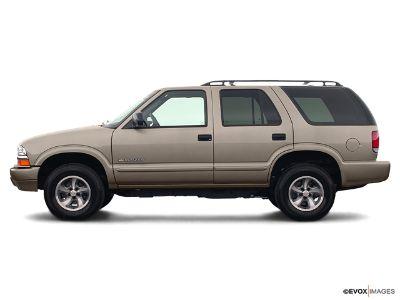 2004 Chevrolet Blazer LS ()