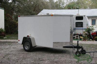 5 feet by8 feet White EXTERIOR ENCLOSED Trailer w/NO Side Door & Rear Ramp Door