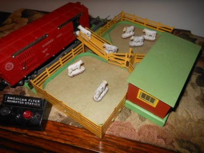 American Flyer 771 Operating Stock Yard, 736 Operating Cattle Box Car
