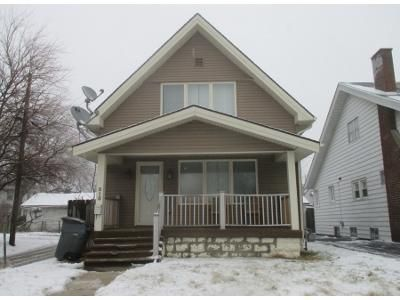 3 Bed 1 Bath Preforeclosure Property in Toledo, OH 43609 - Lodge Ave