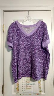 Nice cotton-top by All-American Comfort. Size 1X. Asking $2.00