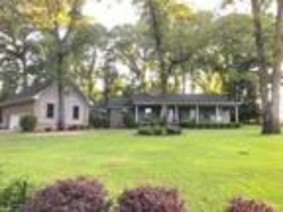 Chancellor Real Estate Home for Sale. $254,900 4bd/Three BA. - JUDY S DUNN of