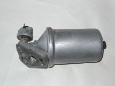 Sell Mercedes SL Oil Flange 560sl w107 sl 107 1171840409 R107 filter 560 sender 500 motorcycle in North Hollywood, California, United States
