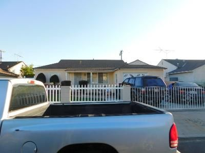 2 Bed 1 Bath Preforeclosure Property in Gardena, CA 90248 - W 156th St