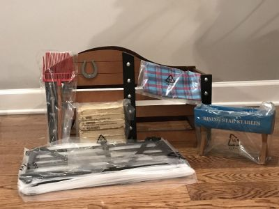 New American Girl Horse Stable & Supplies