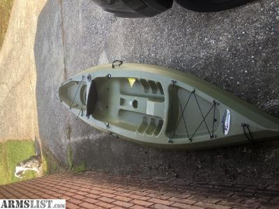 For Trade: Discovery 124f fishing kayak