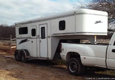2000 Bison Alumnasport 2 horse trailer straight load
