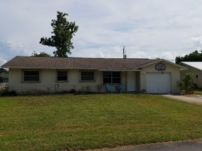 3 Bed 2 Bath Preforeclosure Property in Jensen Beach, FL 34957 - NE 24th Ter