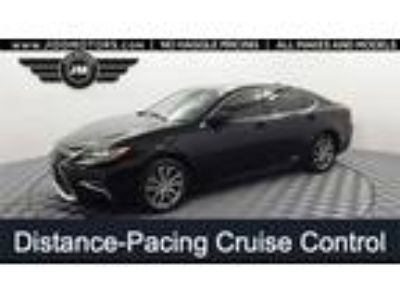 Used 2017 Lexus ES Black, 72.6K miles
