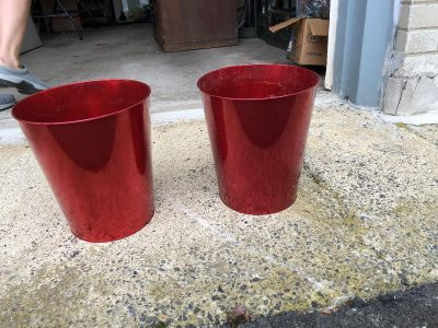 2 red tin plant pots