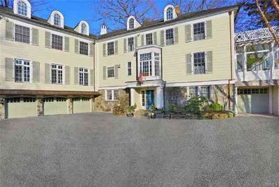75 Huntington Road Scarsdale Seven BR, This stately Georgian