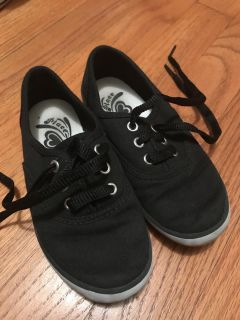 Children s Place canvas sneakers