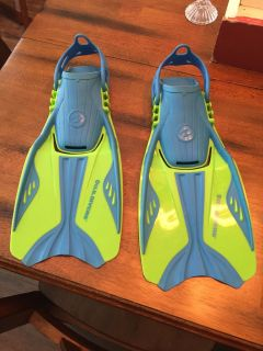 Unisex Water scuba diving or snorkeling diving fins.