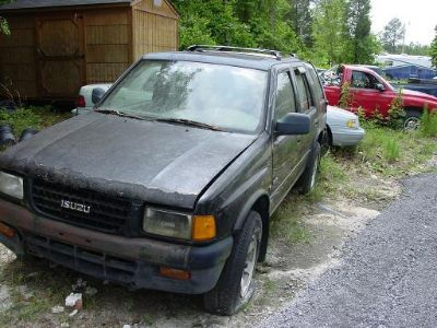 1996 Isuzu Rodeo LS (Black)