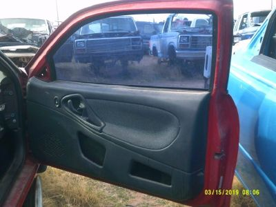 2005 Chevrolet Cavalier Passenger Side Door (PARTING OUT)