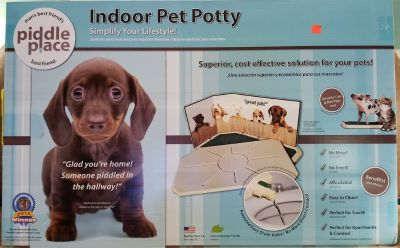 Piddle Place Indoor Pet Potty - NEW IN BOX