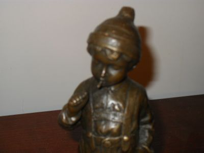Direct Import Antique Reproduction Company in Southern Jersey.. Dealers/Flea Marketers Accommodated..100's of Items