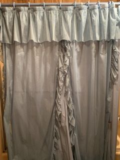 Blue shower Curtain w/ Liner!!!