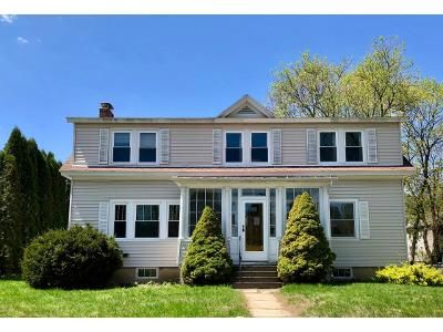 5 Bed 2 Bath Foreclosure Property in Pittsfield, MA 01201 - Edward Ave