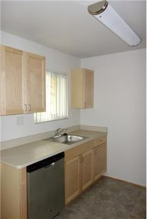 2 bedrooms Apartment in Quiet Building - Clawson