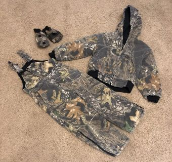 Kids hunting outfit