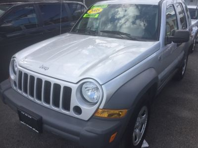 2005 Jeep Liberty Sport (Bright Silver Metallic)