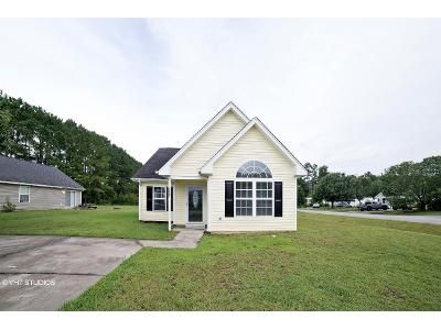 4 Bed 3 Bath Foreclosure Property in Conway, SC 29526 - Harden Dr