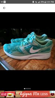 NIKE KOSHES, Teal light amd dark blue and white. Size 8.5 Excellent condition!