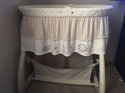 Gender Neutral Bassinet