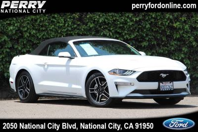 2018 Ford Mustang (white)