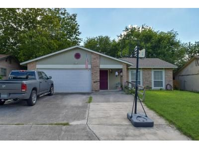 4 Bed 2 Bath Preforeclosure Property in San Antonio, TX 78245 - Louisburg Dr