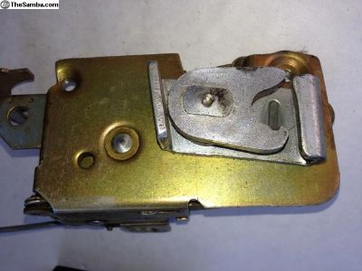 Door Latch Mechanism for '68 and later bugs