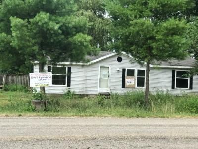 3 Bed 2 Bath Foreclosure Property in Pierceton, IN 46562 - E Ryerson Rd