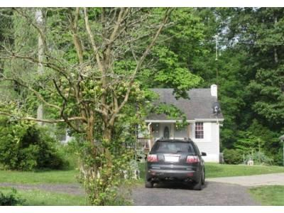 2 Bed 1 Bath Preforeclosure Property in Warsaw, VA 22572 - Carter Town Rd