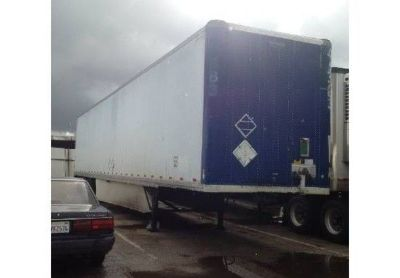 2000 Strick Dry-Van-Trailer