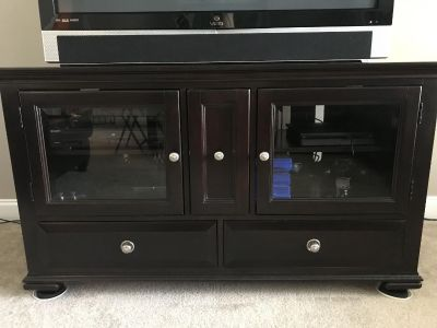 TV CABINET AND END TABLE