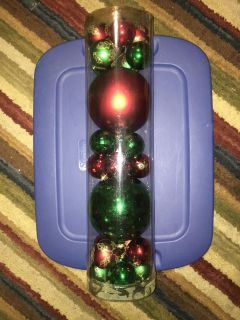 CHRISTMAS ORNAMENTS, MORE THAN 25 COUNT