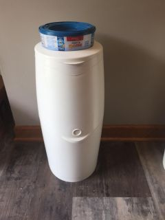 Playtex Diaper Genie with new ring of bags