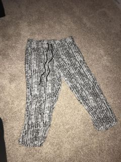 Women s super soft sleep/lounge capris size small from Macy s