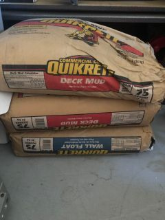 Unopened 75 lb bags of wall float & deck mud (2)