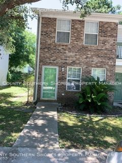 Completely remodeled 2 BR 2 BA Townhuse in Murrells Inlet