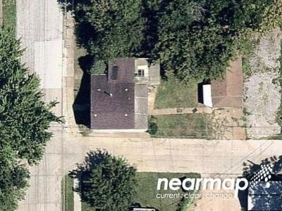 2 Bed Foreclosure Property in Davenport, IA 52803 - Spring St