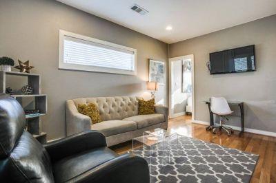 $2195 1 apartment in Dallas County