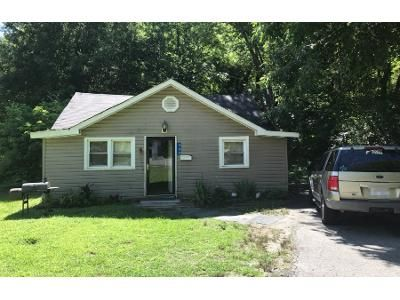 Preforeclosure Property in Kannapolis, NC 28083 - Marie Ave