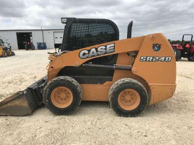 2016 Case Construction SR240