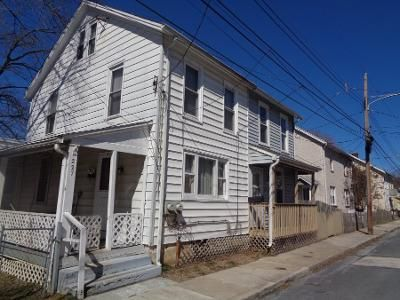 3 Bed 1 Bath Preforeclosure Property in Downingtown, PA 19335 - Mary St