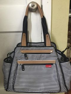 Skip Hop Grand Central Tote Diaper Bag in Really Good Used Condition!