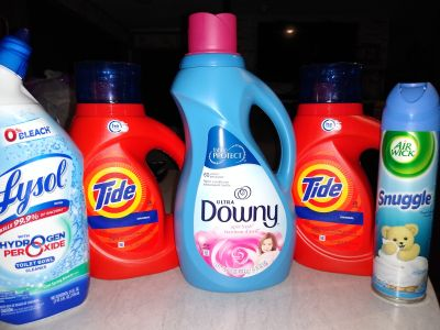 Tide laundry set