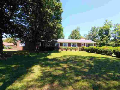 747 Bowles Valley Rd ROCKY MOUNT Three BR, 82.41 acres with pond