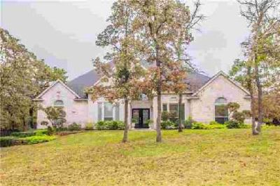3404 Oak Leaf Drive Burleson Four BR, Stunning home w an